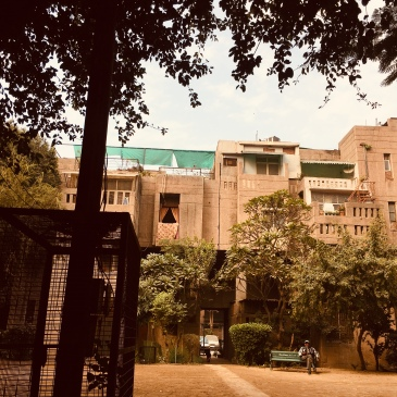 Sluggish modernism (Zakir Bagh Apartments, Delhi).